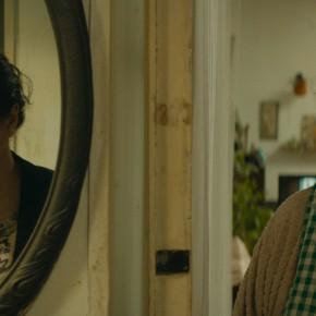 """Eine schrecklich nette Familie?: """"MY HAPPY FAMILY"""" von Nana & Simon"""