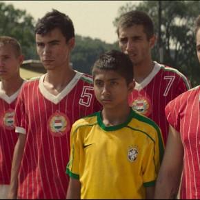 """Müder Kick - """"Brazilians"""" von Csaba M. Kiss und Rohonyi Gábor"""